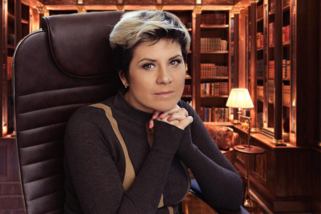 chem-ya-mogu-byt-polezna Alena Dronova